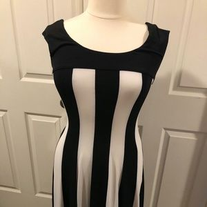 Connected Apparel Dress Fit & Flared